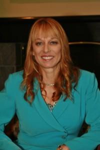 Beverly Stewart Headshot 2014